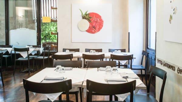 Sala del ristorante - Emporio Gastronomico, Torino