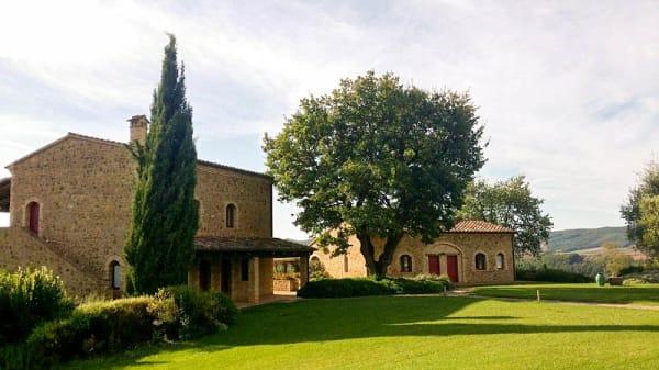 Facciata - Tenuta Pianirossi, Cinigiano