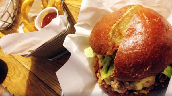 burger - Blend - Hamburger Gourmet, Paris