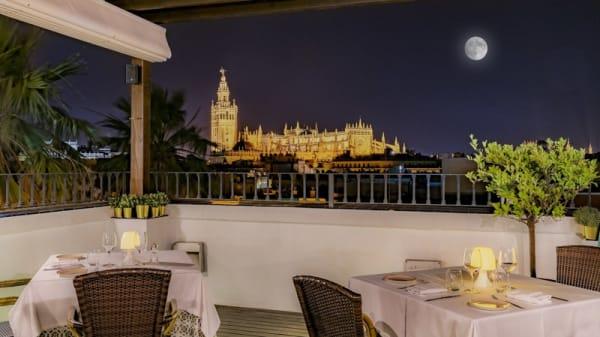 Terraza - El Mirador de Sevilla - Hotel Vincci La Rábida, Sevilla