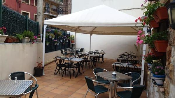Terraza - Taberna Elisa, Castro Urdiales