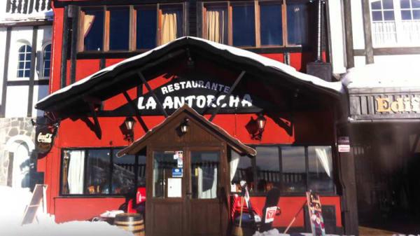 Vista fachada - La Antorcha, Sierra Nevada