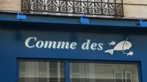 Comme des Poissons, Paris