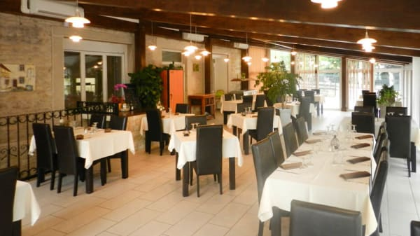 salle de restaurant - Orée des Charmes, Blaisy-Bas