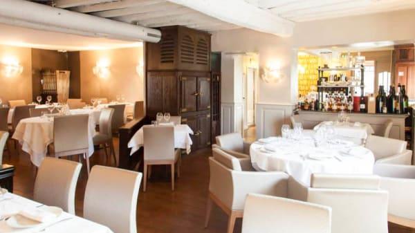 salle du restaurant - Le Bistrot du Jardin, Craponne