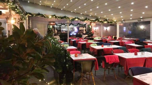 Sala - Cafe Restaurant Phønix Brønshøj, København