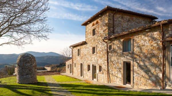 La fornace è nata nel '500 da un progetto di Buontalenti su commissione della famiglia Medici - La Fornace de' Medici, Viliani