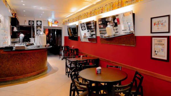 Vista da sala - Bar Genuíno, São Paulo