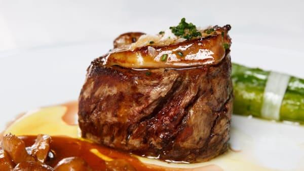 Especialidad del chef - Restaurante Amoraga (HOTEL FC 4*), Collado Villalba