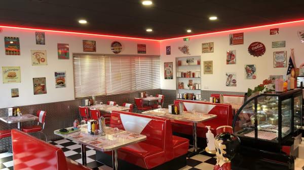 Edy's Diner, Ville-la-Grand