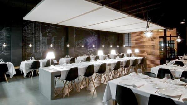 Vista de la sala - La Fundició Restaurant i Viniteca, Gerona