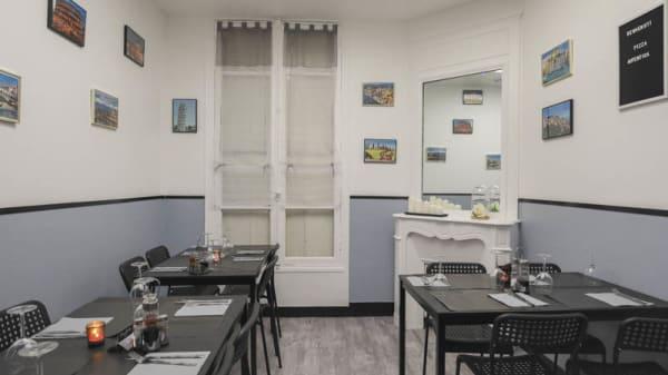 Salle - Pizza Autentica, Paris