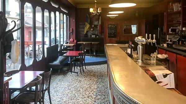 Le comptoir - Le Der des Ders, Montreuil