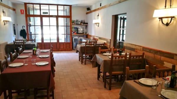 Sala del restaurante - La Rectoría de Sant Joan de Fàbregues, Pruit