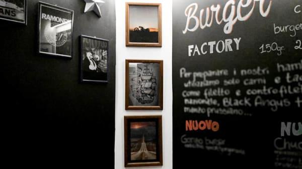 dettagli - The Burger Factory, Rome
