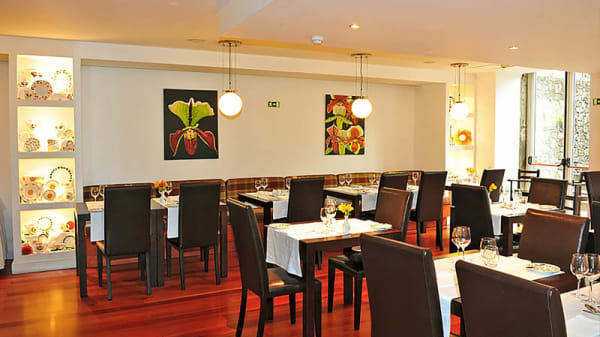 Vista do interior - Restaurante Caramujo (Estalagem do Vale), São Vicente - Madeira