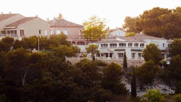 Vue de l'extérieur - Terre Neuve, Martigues