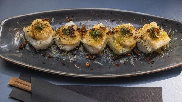 Maki Parmesano - Chicha bcn Restaurante, Barcelona