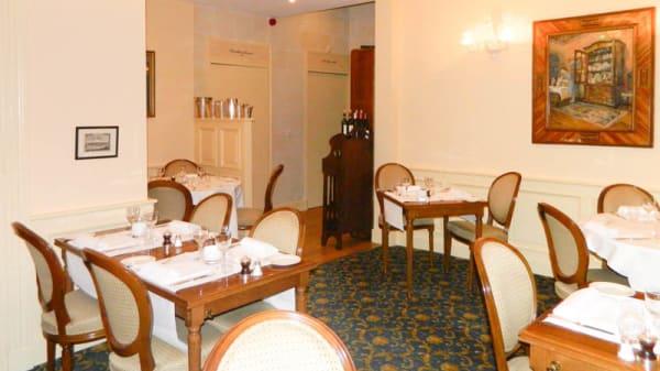 Salle du restaurant - Manoir de Contres, Contres