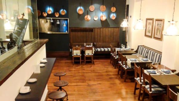 Vista sala - Enxebre Restaurante - Parador de Santiago de Compostela, Santiago de Compostela