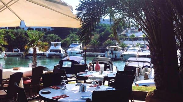 Terraza - 17 Bar and Restaurant, Cala D'or