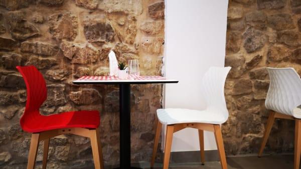 Vue de la salle - La Grilladière, Aix-en-Provence