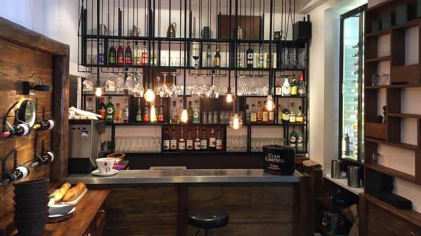 Le bar - La Grange, Chambéry