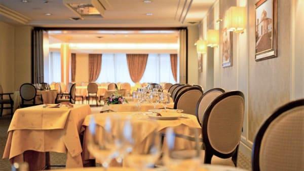 Vista sala - Ristorante Fortebraccio del Perugia Plaza Hotel, Perugia