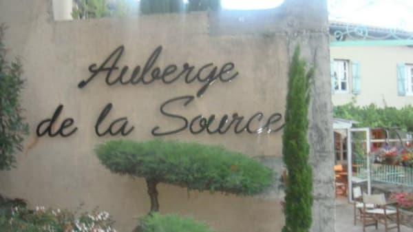Restaurant - Auberge de la Source, Tupin-et-Semons