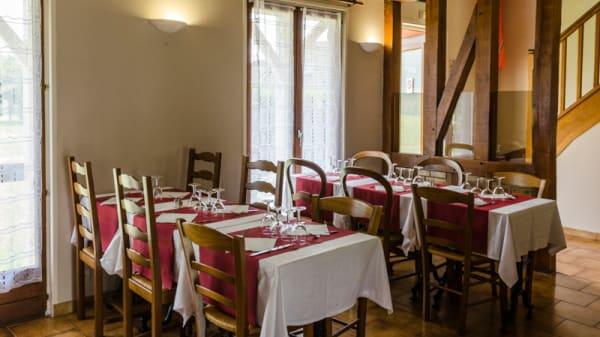 Salle du restaurant - Le Pavillon, Coignières