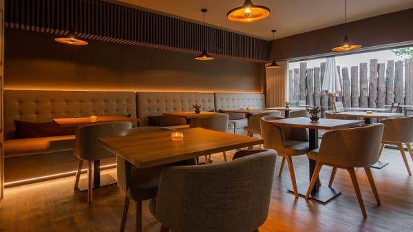 Vista da Sala e esplanada - Quinta do Pedregal Restaurante, Lever