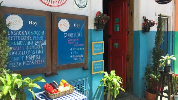 Entrada - Pizza Candelaria, Bogotá