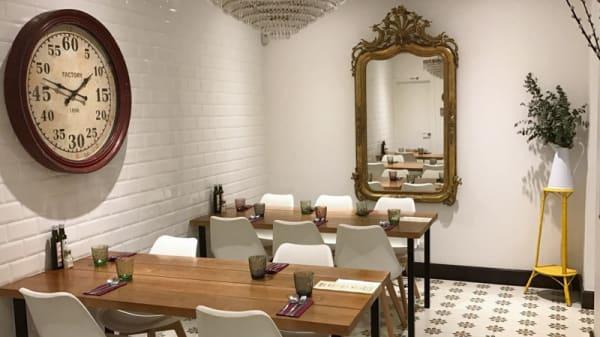 Sala del restaurante - La Olla de Marta, Madrid