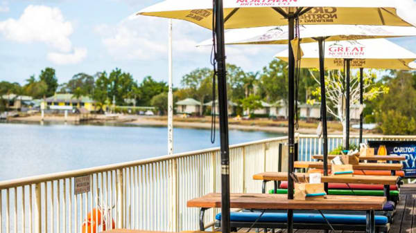 Deck Area - Waterfront Hotel, Diddillibah