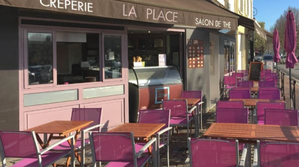 Terrasse - La Place, Conflans-Sainte-Honorine