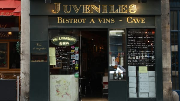 Juvenile's, Paris