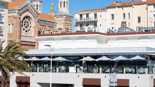Restaurant Café Barrière - Casino Barrière Saint Raphaël, Saint-Raphaël