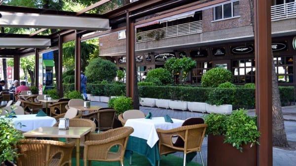 Terraza - Airport Tavern, Madrid