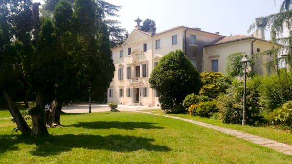 Facciata - Ristorante Villa Razzolini Loredan, Asolo