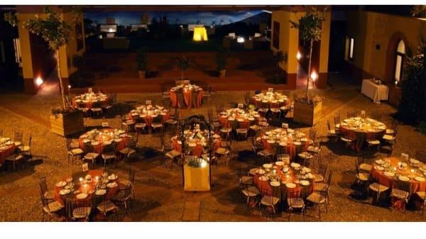 Vista patio - El Convento, Alcazar De San Juan