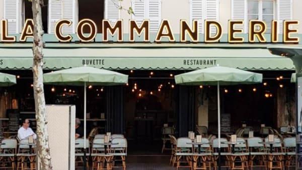 Terrasse - La Commanderie, Paris