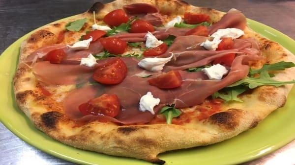 Suggerimento dello Chef - Pizza e Coca, Marina di Bibbona