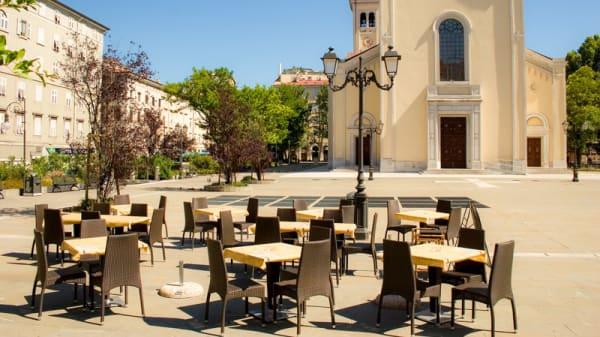 Terrazza - Pizzeria St James, Trieste