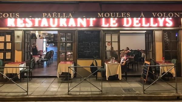 Facade - Le Dellys, Nice