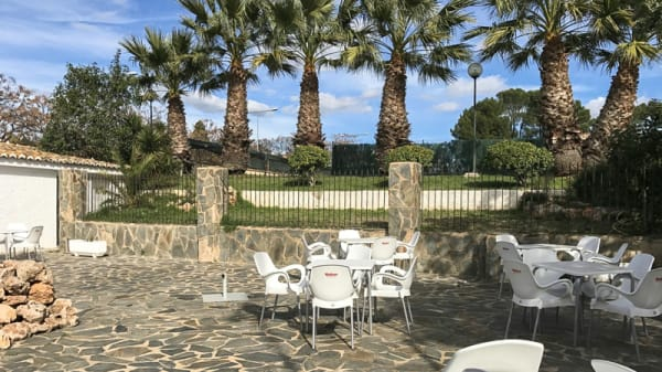 Terraza - Jardines de Hendaya, L'Eliana