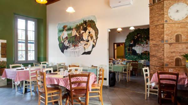 Veduta dell interno - Osteria Social Food, Mezzago