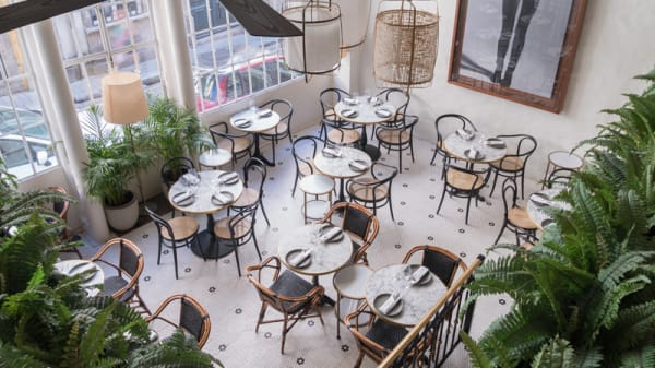 Vista da sala - MISTU restaurant & bar, Porto