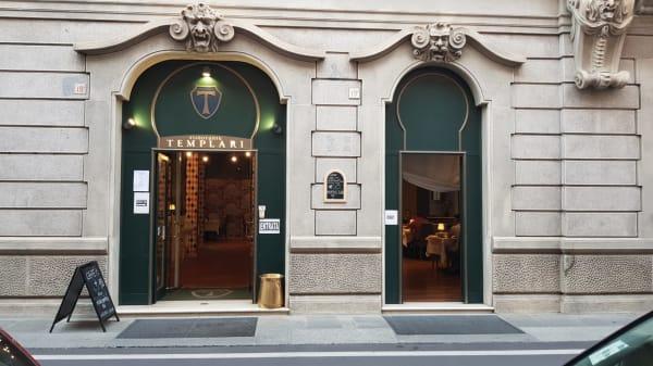 Entrada - I Templari, Brescia