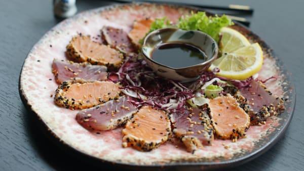 Piatto - Sashimi 2 Restaurant Japanese, Metropolitan City of Turin