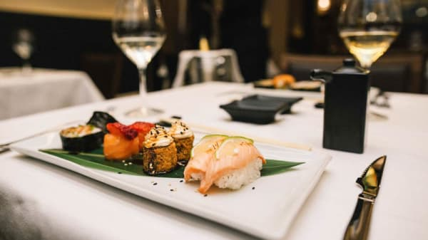 Sushi mix - Makani 2Life Restaurant, Lecce